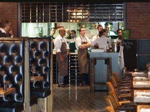 Color Kitchen Utrecht.Miss Murder Moordspel In Restaurant The Colour Kitchen Centrum In